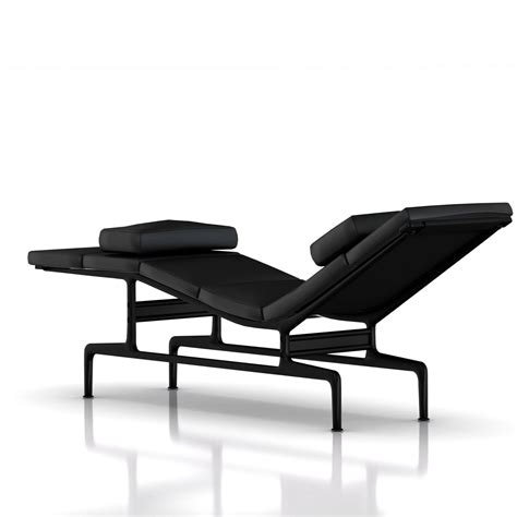 chaise eames herman miller herman miller eames chaise gr shop canada