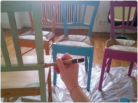 repeindre des chaises