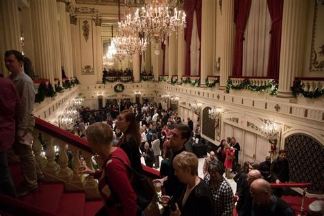symphony powell hall louis st leslie guests way acoustical gem palace movie performs odom jr stltoday seats tony winner award