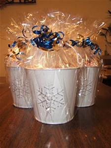 Creative Holiday Gift Ideas Hot Chocolate Buckets