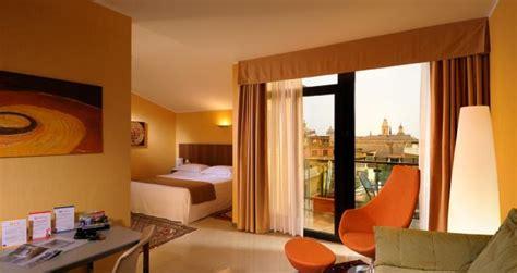 hochbett für erwachsene 180x200 suite city hotel genua atemberaubende aussicht auf den hafen genua viersternenhotel best