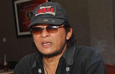 Deddy dores listen and download mp3 without registration. Legendary Rocker Deddy Dores Dies at 65