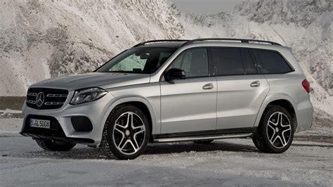 Mercedes Gls Class Wallpapers by 2016 Mercedes Gls Class Amg Line Wallpapers And Hd