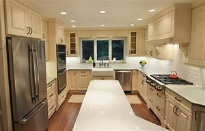 Transitional Off-White with a Green Island - Kitchen Master