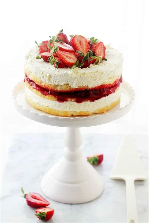 strawberry shortcake cake recipe diethood