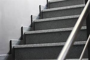 Granit Treppenstufen Außen : granit treppen mit sch nen natursteinen natursteindesign rompf ~ A.2002-acura-tl-radio.info Haus und Dekorationen