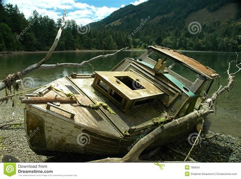 Boat Wreck Pictures by Boat Wreck Stock Photo Image Of Wreck Lake Boat Harbor