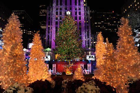 rockafeller tree lights up the city resident