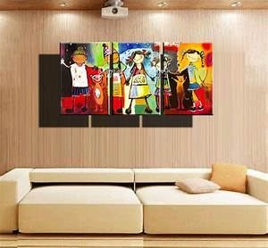 How To Decorate Your Living Room Walls By Awesome Oil