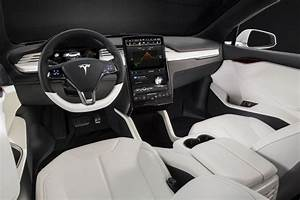 2020 Tesla Model X Interior Photos | CarBuzz