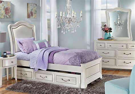 sofia vergara kayla white 5 pc twin panel bedroom