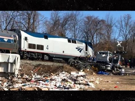 Train Carrying Republican Lawmakers To Retreat Hits Truck