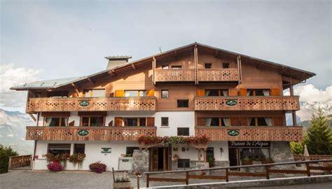 chalet h 244 tel alpen valley 224 combloux h 244 tel restaurant 3 233 toiles ot combloux