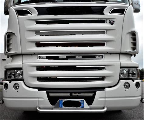 Interni Scania R - profilo interno inox per griglia scania r 2009