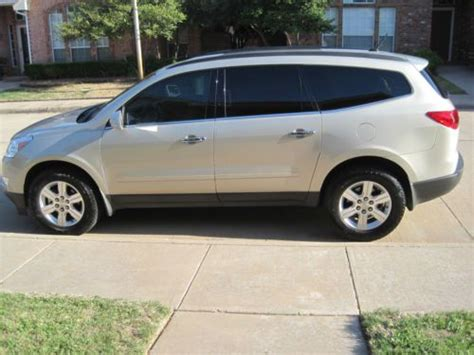 manual cars for sale 2011 chevrolet traverse seat position control find used 2011 chevy traverse lt fwd gold leather interior beautiful in wichita falls texas