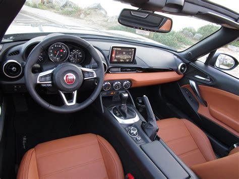 Fiat Interior by 2017 Fiat 124 Spider Lusso Interior 20