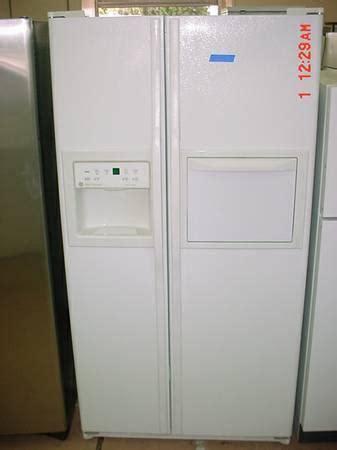 ge profile performance fridge ice maker water filter beverage door wow  sale  stockton