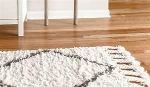Blutflecken Entfernen Teppich : blutfleck aus teppichboden entfernen ~ Watch28wear.com Haus und Dekorationen