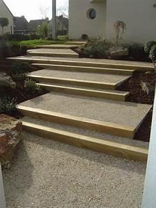 escalier en beton desactive et traverse bois escaliers With modele escalier exterieur terrasse 6 photos amenagement cate jardin paysage