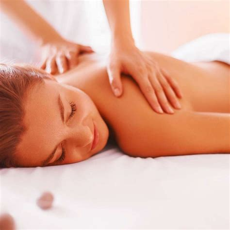 ulladulla massage therapist teneille basile