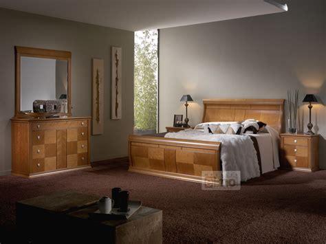chambre adulte bois massif lit adulte a baldaquin en bois