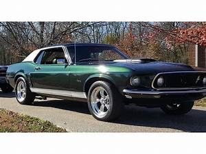 Forest Green 1969 Ford Mustang