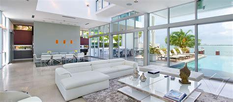 plan de maison en l avec 4 chambres location villa de luxe miami floride