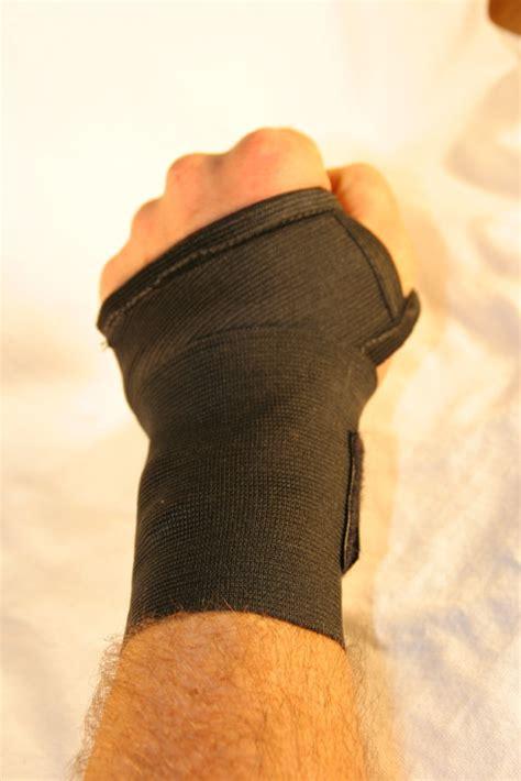 carpal tunnel wrist wrap