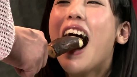 [so Sexy] Japanese Game Show Sexy Banana Eating Contest