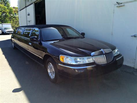 Town Car Limousine by 1998 Lincoln Town Car Limo 1998 Lincoln Town Car