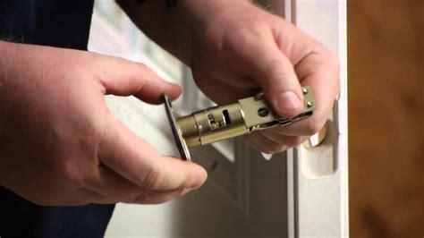 replace  front door lock   keyed deadbolt door installation repairs youtube