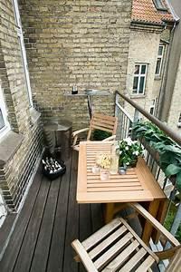 Kleiner Sonnenschirm Für Balkon : kleiner balkontisch f r ein gem tliches ambiente ~ Bigdaddyawards.com Haus und Dekorationen