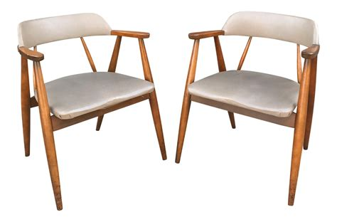 boling chair company rocking chair vintage chairs by boling chair co a pair chairish