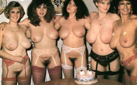 hairy mature nude women groups photo nue