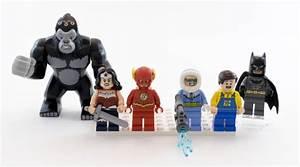 Review of LEGO 76026- Gorilla Grodd Goes Bananas - Brick ...