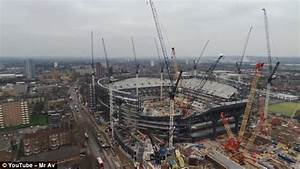 Overwatch Team London Spitfire Play In Spurs 750m Stadium