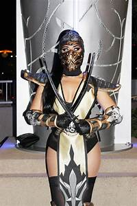 A Mortal Kombat Halloween! | VINTAGE VANDALIZM