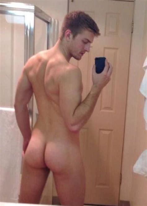 Nude Man With A Very Nice Tight Ass Gay Cam Selfies