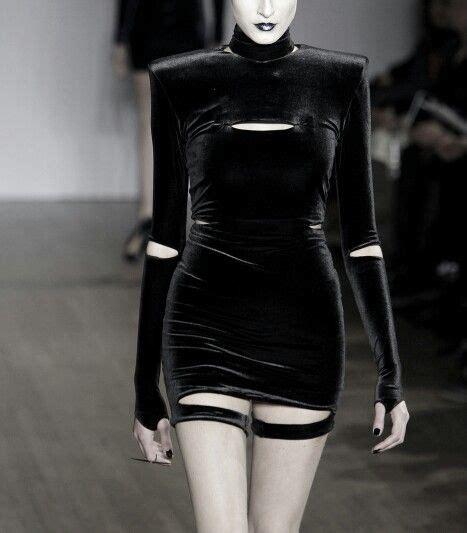 hannah marshall  london fashion week fall  fashion futuristic fashion black fashion