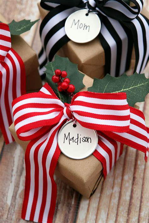 45 Christmas Gift Wrapping Ideas For Your Inspiration