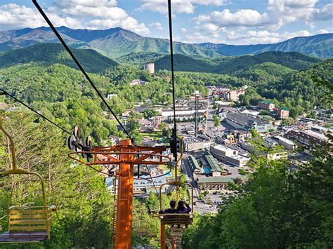 gatlinburg chair lift pictures try the sky lift for great smoky mountains photos