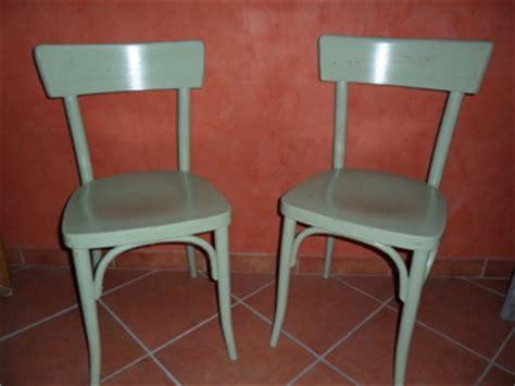 peindre des chaises en bois chaise bistrot peindre