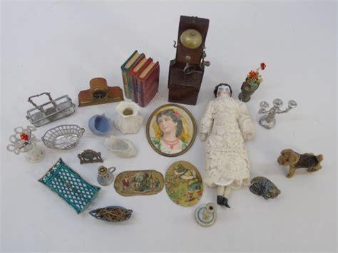 antique dollhouse dolls miniature accessories