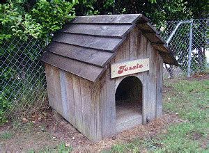woodworking plans     doghouse