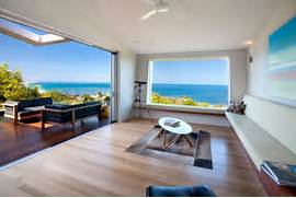 Interior House Design Pictures by Bold Exterior Beach House With Minimalist Interiors Modern House Designs