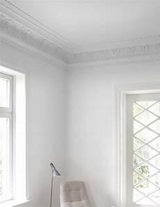 Farbe Weiß Streichen : wandfarbe gebrochenes wei streichen innenfarbe alpina altwei alpina farben ~ Markanthonyermac.com Haus und Dekorationen