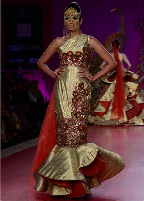 ritu beri collection  pcj delhi couture week