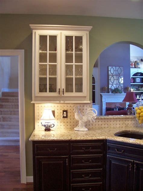 what of paint to use for kitchen cabinets nichols traditional kitchen atlanta 2267