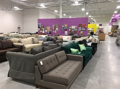 wayfair outlet store opens permanently  extra