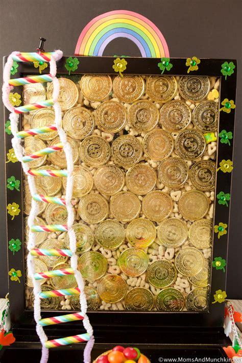 leprechaun traps collection  ideas moms munchkins